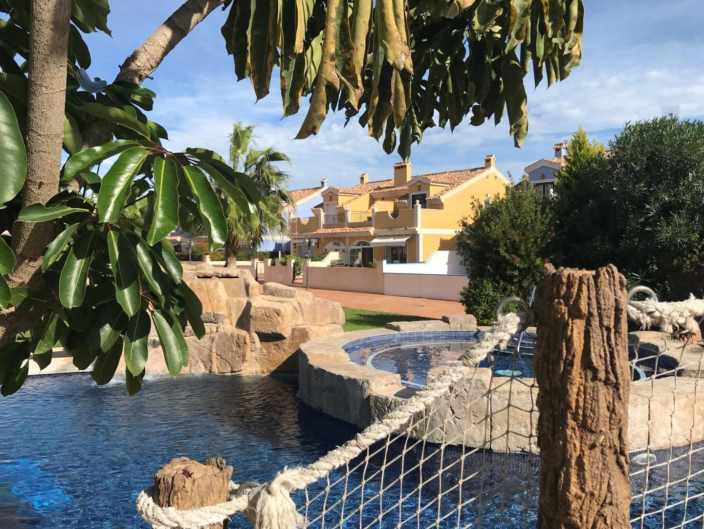 Lomas de Cabo Roig, Las Vistas parhús með sundlaugargarði