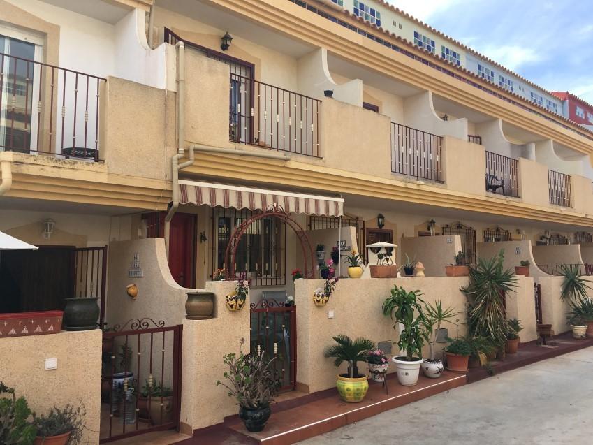Playa Flamenca - Casa Belle raðhús með sundlaugargarði